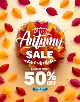 Herbst-verkaufsplakat und fahnenschablone. draufsicht des korbs mit bunten herbstblättern auf gelbem hintergrund. grüße und geschenke für die herbstsaison. werbeschablone für herbst- oder herbstkonzept