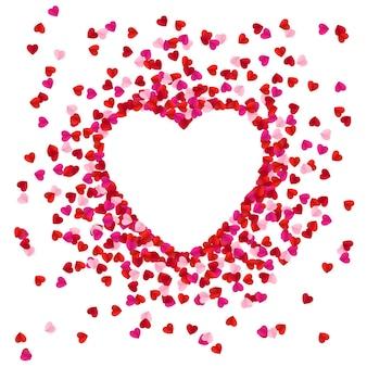 Herzform mit papierherzen ausgekleidet