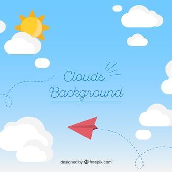 Himmel mit wolken und papierflugzeughintergrund in der flachen art