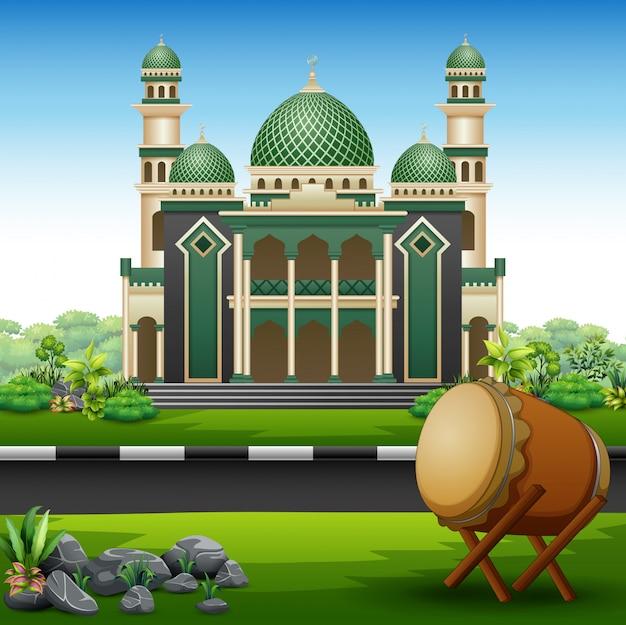 Hintergrund des islamischen moscheengebäudes mit grünpflanzen