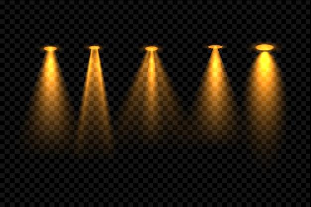 Hintergrunddesign mit fünf goldenen fokus-scheinwerfereffekten