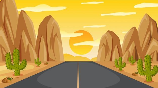 Hintergrundszene mit leerer straße zum berg bei sonnenuntergang