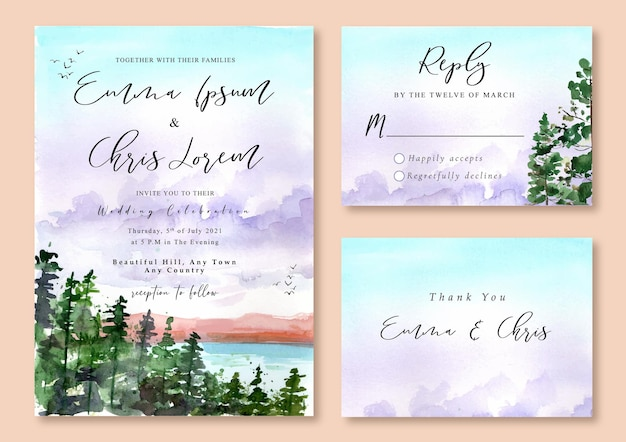 Hochzeitseinladung mit aquarelllandschaft des kiefernwaldes und des lila nebligen himmels