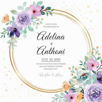 Hochzeitseinladungskarte mit lila grünem blumenaquarell