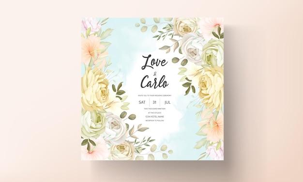 Hochzeitseinladungskarte mit warmen, weichen herbstblumen