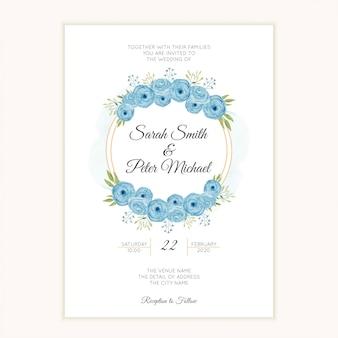 Hochzeitseinladungsschablone mit blauem blumenkranz des aquarells