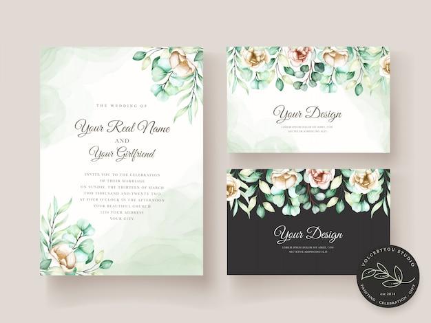 Hochzeitseinladungsschablone mit eukalyptusblättern eingestellt