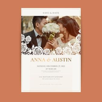 Hochzeitseinladungsschablone mit jungvermähltenfoto