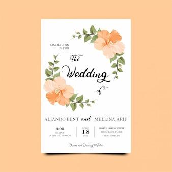 Hochzeitseinladungsschablonen mit schönen blumen