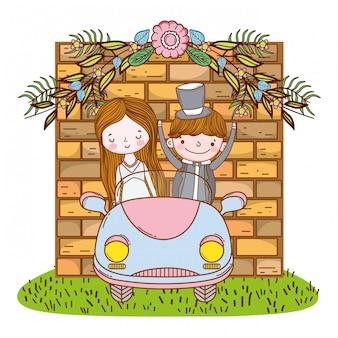 Hochzeitspaare auf netter karikatur des autos