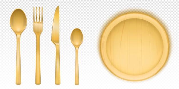 Holzbesteck und rundes tablett für pizza im restaurant oder in der kantine