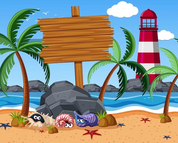 Holzschild am strand mit seesternen und einsiedlerkrebsen