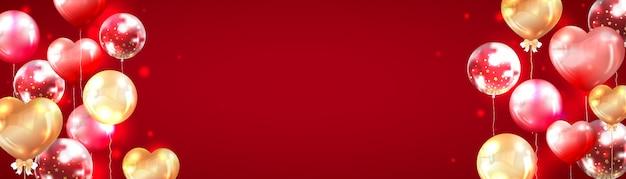 Horizontaler roter fahnenhintergrund verziert mit glänzenden roten und goldenen luftballons
