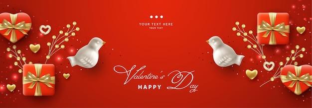 Horizontales banner zum valentinstag mit realistischen porzellanvögeln und geschenken