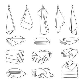 Hotelbadetuch-symbole. gestapelter textilstoff, flauschige rolle für spa und küche, vektorgrafik von gefalteten und hängenden gegenständen für das badezimmer einzeln auf weißem hintergrund
