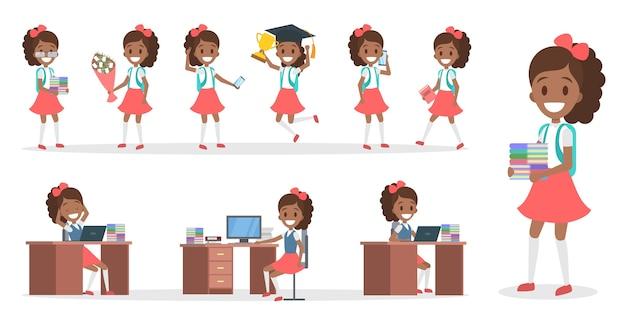 Hübscher afroamerikanischer schulkind weiblicher zeichensatz mit verschiedenen schulwerkzeugen, posen und gesten. kind lernt hart. isolierte vektorillustration