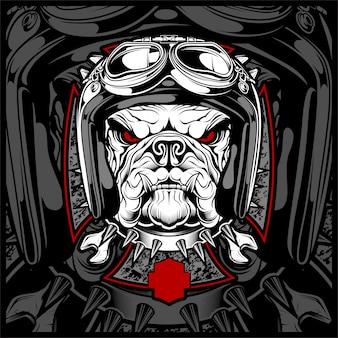 Hund, bulldogge, die ein motorrad, aerosturzhelm trägt.