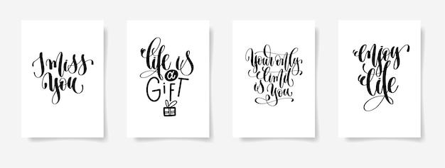 Ich vermisse dich, das leben ist ein geschenk, deine einzige grenze bist du, genieße das leben - set aus vier handschriftlichen plakaten, kalligraphie