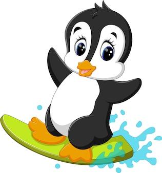 Illustration der surfenden karikatur des netten pinguins