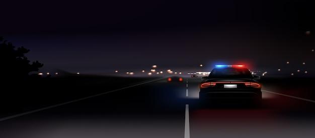 Illustration des realistischen polizeiautos, das scheinwerfer am nächtlichen hintergrund zurückleuchtet