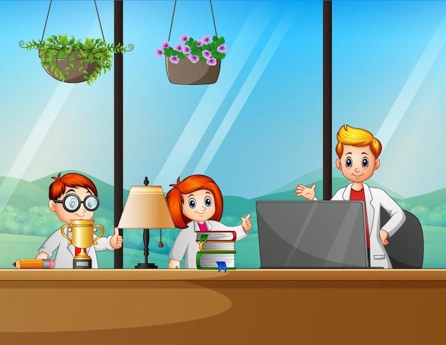 Illustration eines kleinen jungen und eines mädchens im büroraum