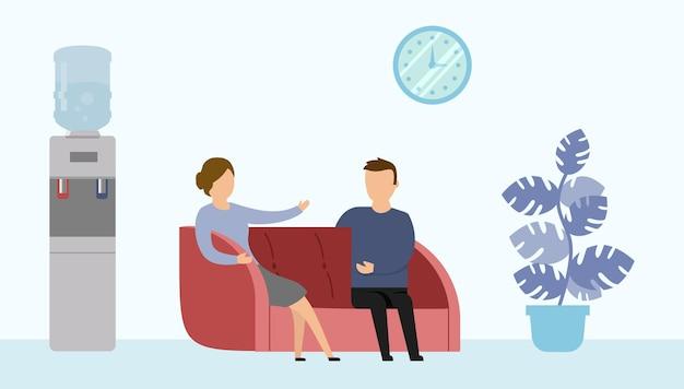 Illustration im karikatur-flachen stil des büroinnenraums mit zwei zeichen, die auf couch sitzen und sprechen.