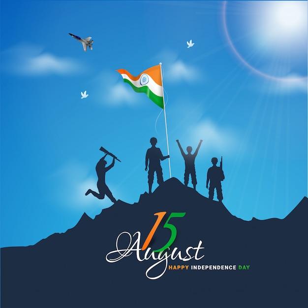 Indische armeesoldaten, die flagge auf berg für glückliche unabhängigkeitstagfeier wellenartig bewegen.