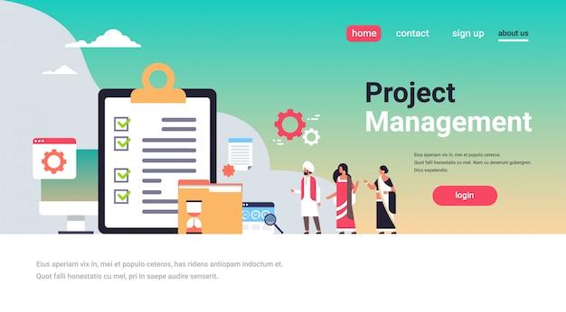 Indische geschäftsleute checkliste umfrage projekt management konzept