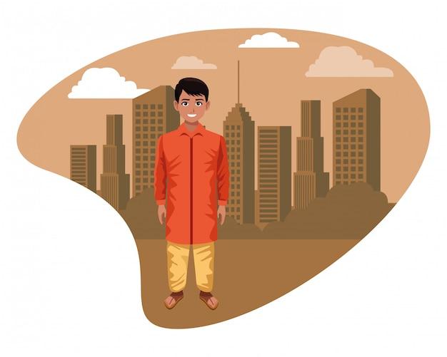 Indischer junge, der traditionelle hinduistische kleidung trägt