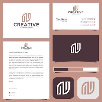 Initiale n-logo mit visitenkarte
