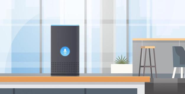 Intelligente intelligente lautsprecher spracherkennung aktiviert digitale assistenten automatisiert befehlsbericht konzept modernes café interieur flach horizontal