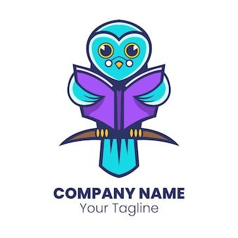 Intelligenter eulenmaskottchen-logo-designvektor