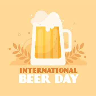 Internationaler biertag mit schaumigem bier