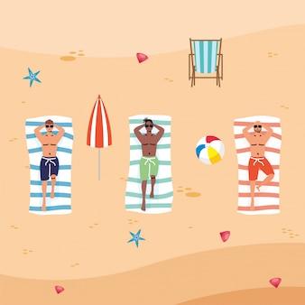 Interracial männer am strand üben soziale distanz