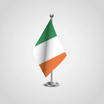 Irland-flagge mit kreativem designvektor