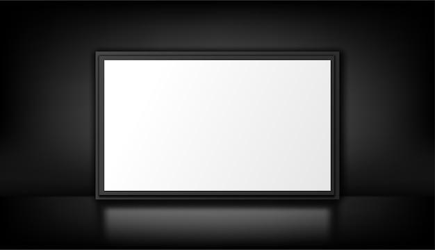 Isoliert auf dem schwarzen. weißer leuchtkasten. leere werbetafel.