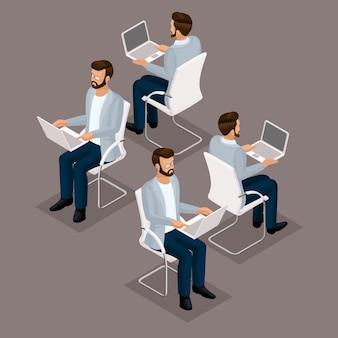 Isometrische leute der tendenz stellten, der geschäftsmann 3d ein, der an seinem schreibtisch auf einer vorderansicht des laptops, hintere ansicht, gläser, stilvoller frisurhippie, büroangestelltmann in einer klage lokalisiert arbeitet