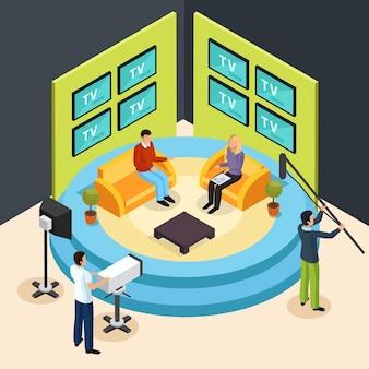 Isometrische quizfernsehshowzusammensetzung mit ansicht des talkshowfernsehstudios mit schießenmannschaftsmitgliedern
