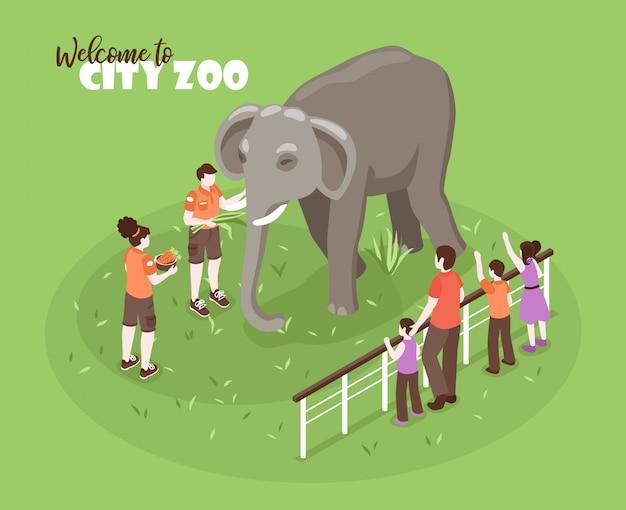Isometrische zooarbeiter färben hintergrund mit bearbeitbarem text und menschlichen zeichen mit kindern und großem elefanten