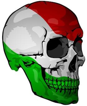 Italienische flagge auf einem schädel gemalt