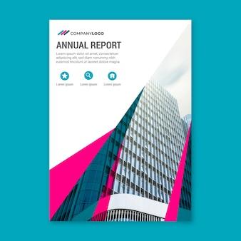 Jahresbericht vorlage mit gebäuden und himmel