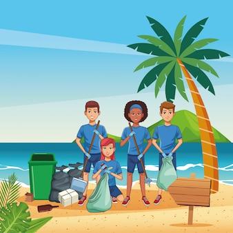 Jugendliche, die strand säubern