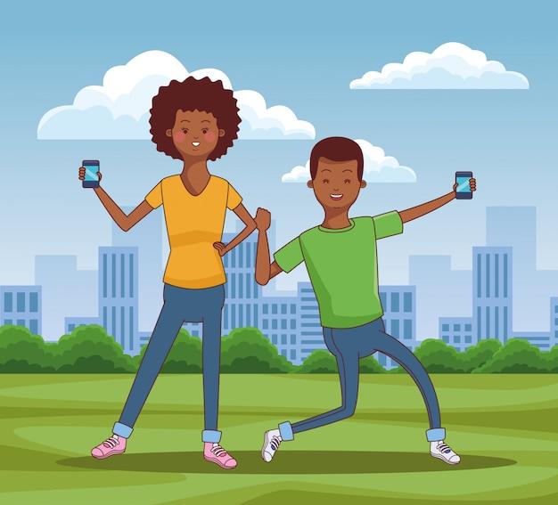 Jugendliche, die technologie einsetzen