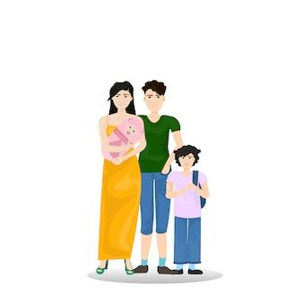 Junge familien-eltern mit dem sohn, der neugeborenes säuglingskind lokalisiert hält