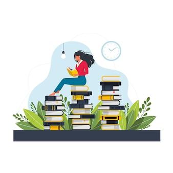 Junge frau, die auf einem riesigen stapel bücher sitzt und liest. flache vektorillustration der karikatur lokalisiert auf weißem hintergrund. student liest buch und lernt. zeitvertreib, freizeit oder hobby des mädchens.