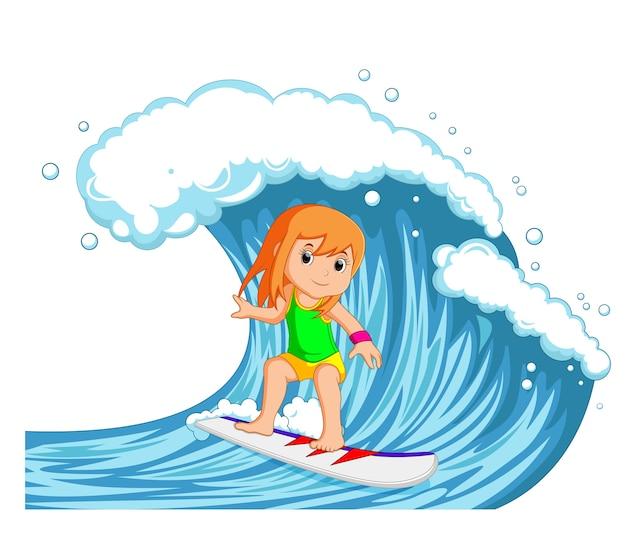 Junge frau, die mit großer welle surft