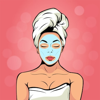 Junge frau in der badtuch- und kosmetikmaske auf gesicht