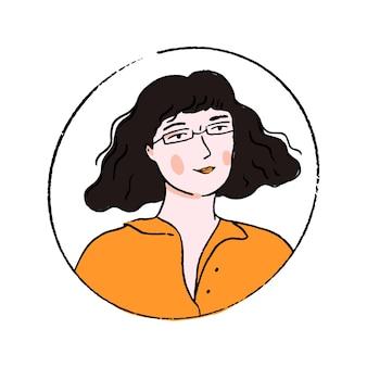Junge frau mit brille mit gewellter stumpfer bob-frisur und fransen. gekritzelporträt eines selbstbewussten mädchens im orangefarbenen poloshirt.