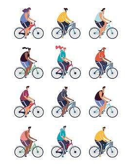 Junge leute, die fahrrad fahren und medizinische masken tragen