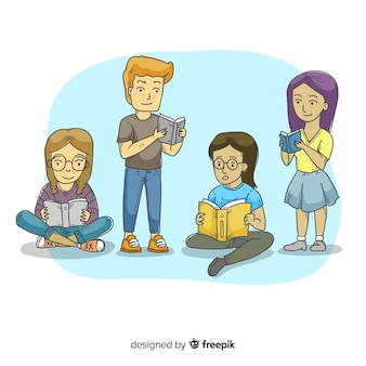 Junge leute, die zusammen lesen